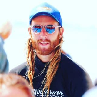 """Meet Instructor Zander! We interviewed Zander and asked him a few quick questions.  FAVOURITE FOOD? """"Z"""" Surf and Turf vego style!  FAVOURITE MOVIE? """"Z"""" Surfs up !  FAVOURITE BEACH TO TEACH AT? """"Z"""" Surfers Paradise  WHO DO YOU LOOK UP TOO? """"Z"""" Huey,(the surfing god) The Big Z, (off Surfs Up movie) and all the creators and contributors of the Nintendo 64 gaming console.   Zander just won our award for Male Instructor of the year! Great work Zander !  #gorideawave  📸 @boramveli"""