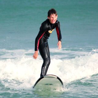 🏄♀️ TEENAGER SURF SPECIAL 🏄♂️   Running ever weekday @ 3pm in all 4 Locations in Victoria: Ocean Grove - Anglesea - Torquay - Lorne.   Targeted at Teenagers aged 13-17 years old. A great chance to keep the kids busy in the afternoon and get them out and about for an adventure. This is an awesome chance for them to learn new skills and socialise.    #explorevictoria #visitvictoria #tourismvictoria #torquay #surfcoast #lorne #visitgreatoceanroad #barwonheads #visittorquay #parksvictoria #torquaybeach #destinationsurfcoast #surfing #surflife #surfboard #surfinglife #surfphotography #surfsup #surfer #waves #ocean #swell